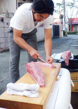 (11/4)マグロ丼!丼!丼!