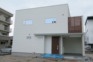 西区今宿にて完成見学会