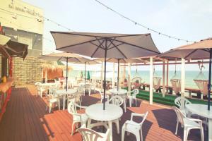 THE BEACH cafeオープンしてます。